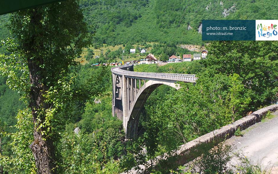 bridge-on-tara-canyon